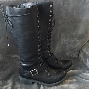 Shoes - Lace up knee high combat boots